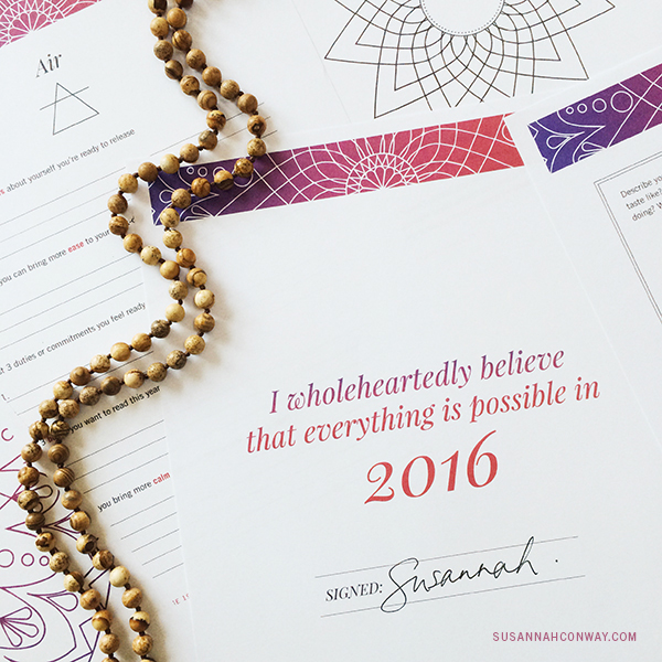 Here it is! The Unravelling the Year Ahead workbook, calendar + a free course to help you find your word for 2016! | SusannahConway.com