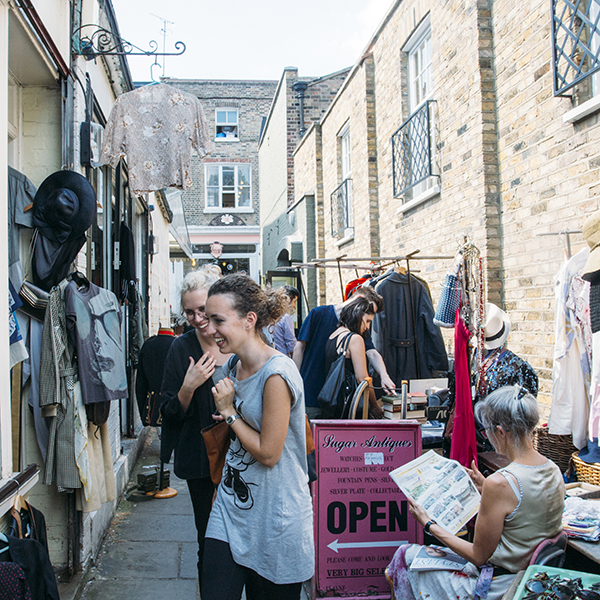 A shot of Camden Passage marketfrom Londontown by Susannah Conway | SusannahConway.com